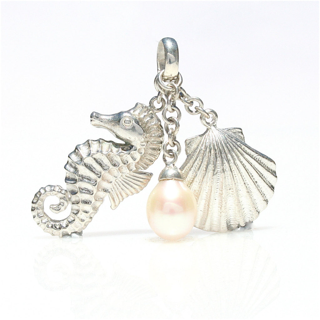 PEARL TREASURES OF THE SEA PENDANT