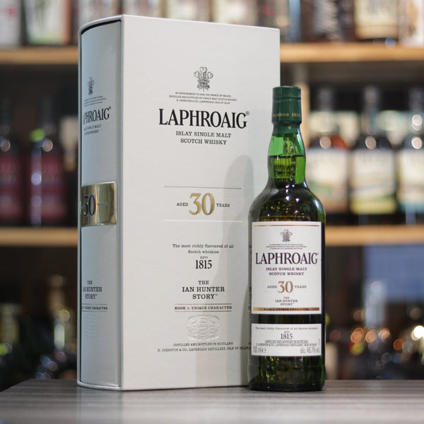 Laphroaig Ian Hunter Book#1 30YO - 70cl/46.7%