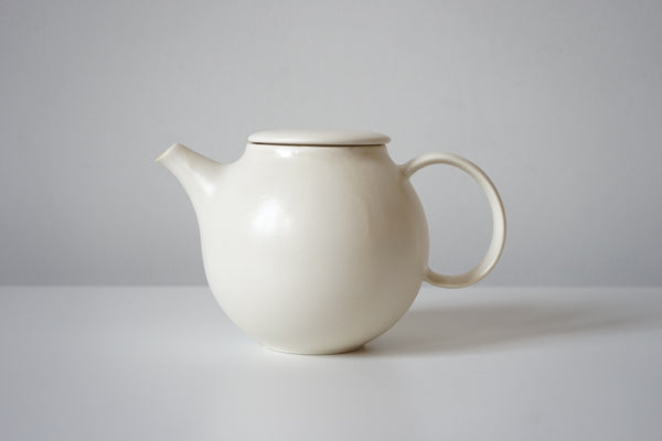Pebble Teapot - Cream