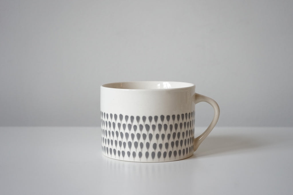 Dew Drop Wide Cup - Cream + Grey