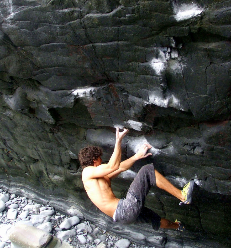 Supercede, Harland Quay - Summer Bouldering Destinations