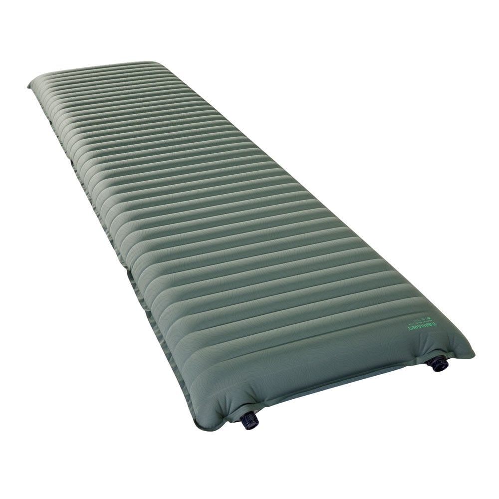 Thermarest NeoAir Topo Luxe in Dark green side on