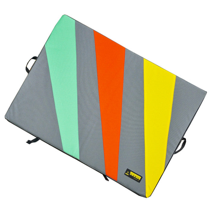 Organic Simple Pad, shown open in grey, green, red and yellow colours