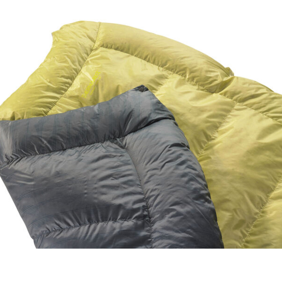 Thermarest Corus 20F/-6C Quilt in golden and grey close up