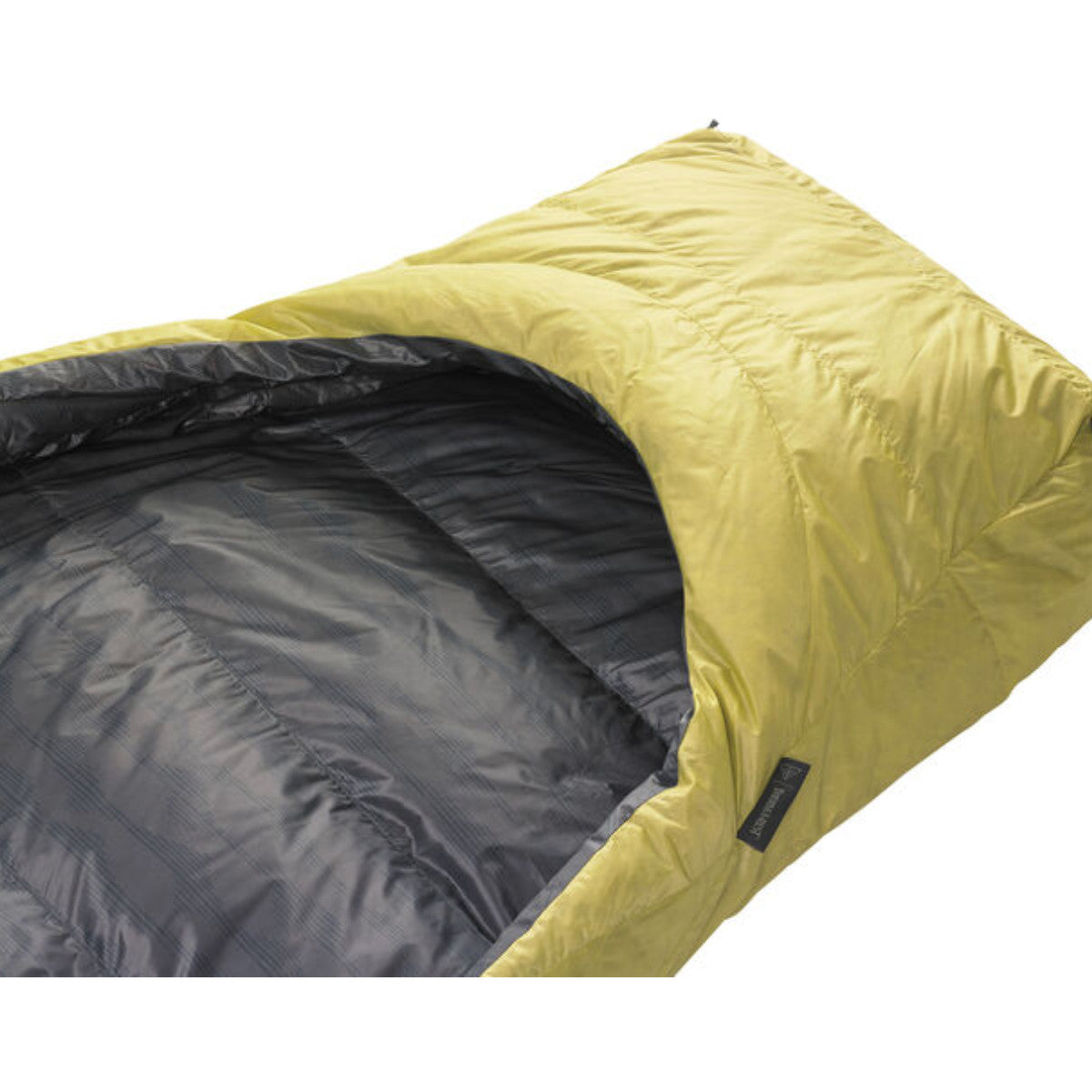 Thermarest Corus 20F/-6C Quilt in golden colour showing foot pocket