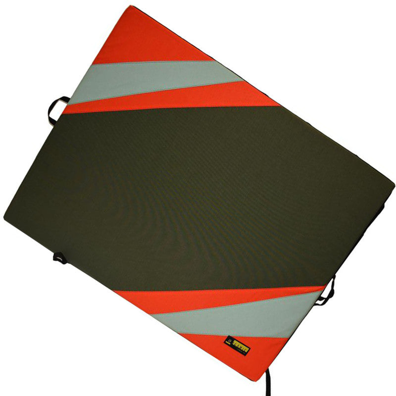 Organic Big Pad bouldering pad, shown laid flat in black, red and grey colours