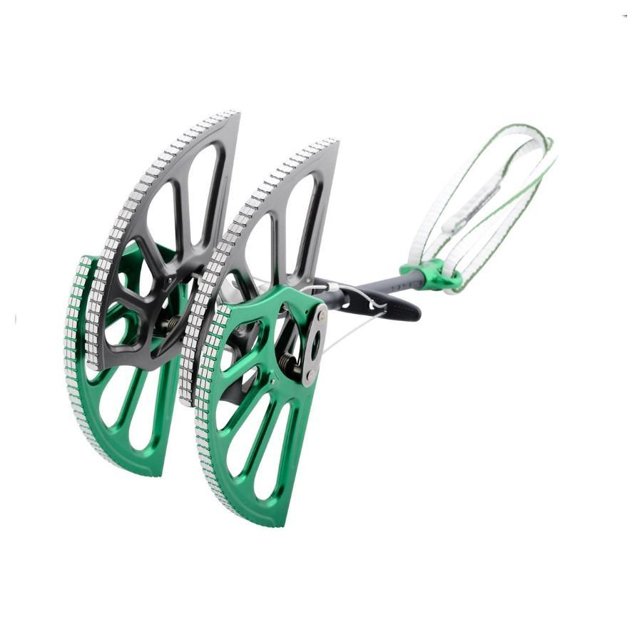 DMM Dragon Cam, Size 8 in green colour