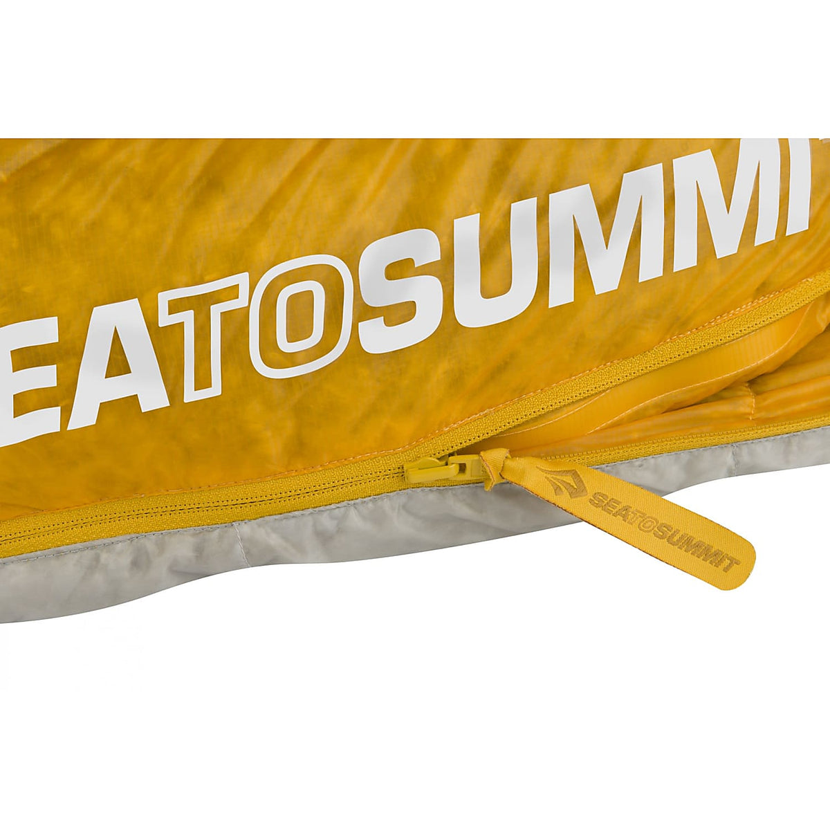 Sea to Summit Spark III sleeping bag showing zip and logo design detail
