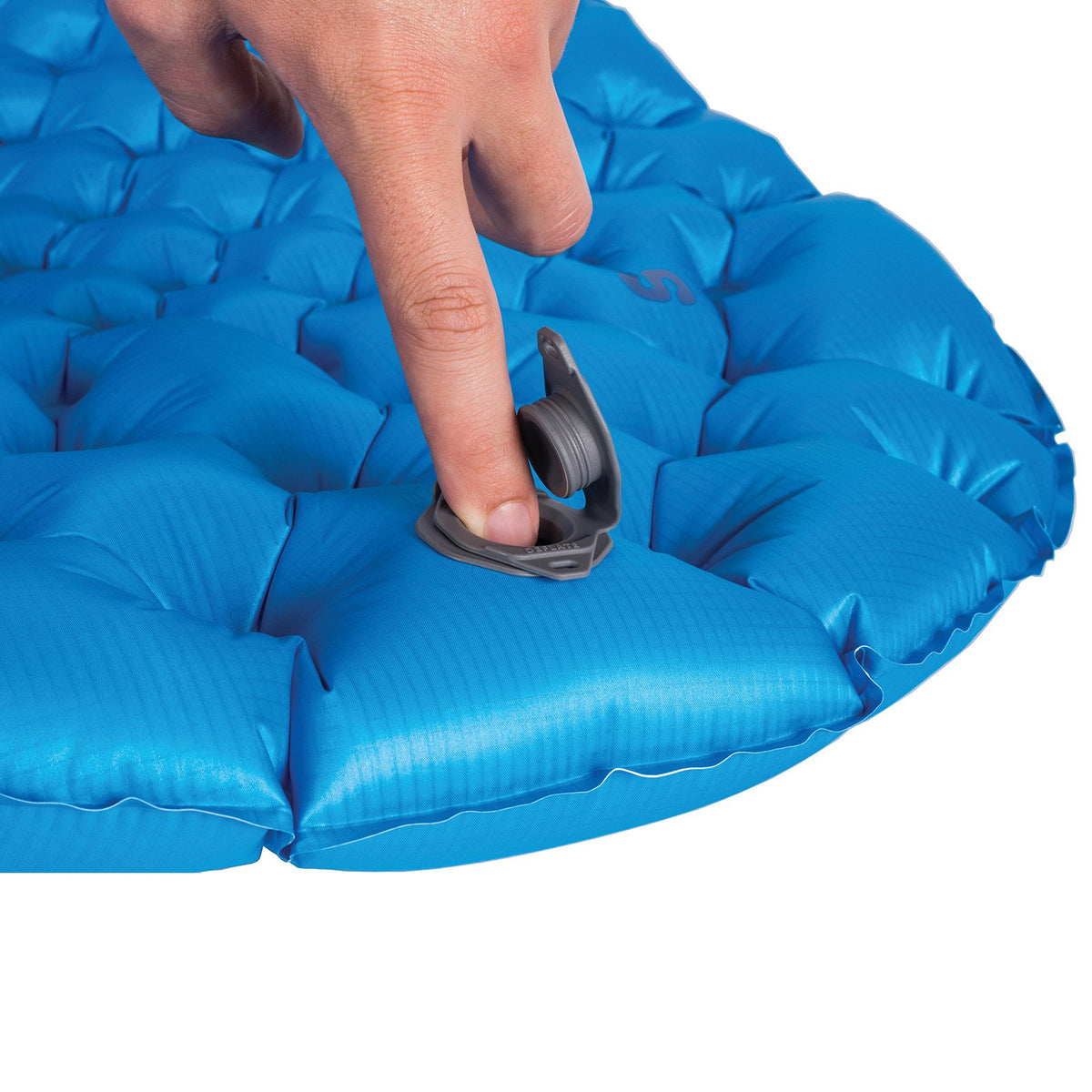 Sea to Summit UltraLight Mat showing finger pointing to inflation valve