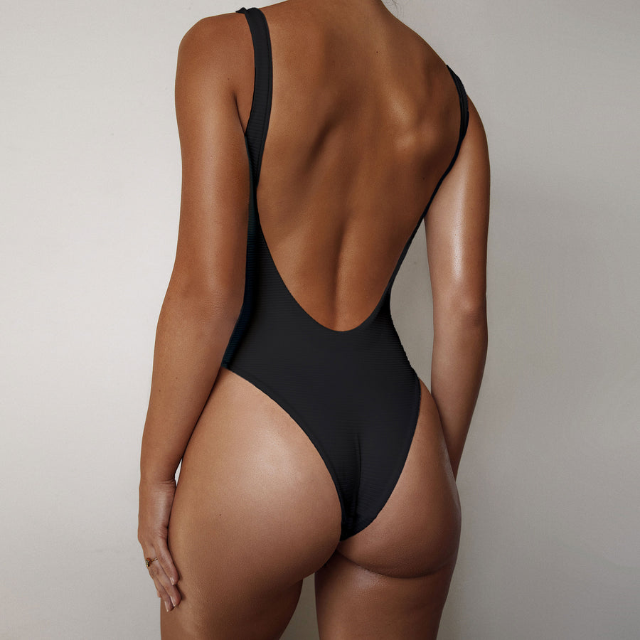 THE ALVA ONE PIECE - BLACK