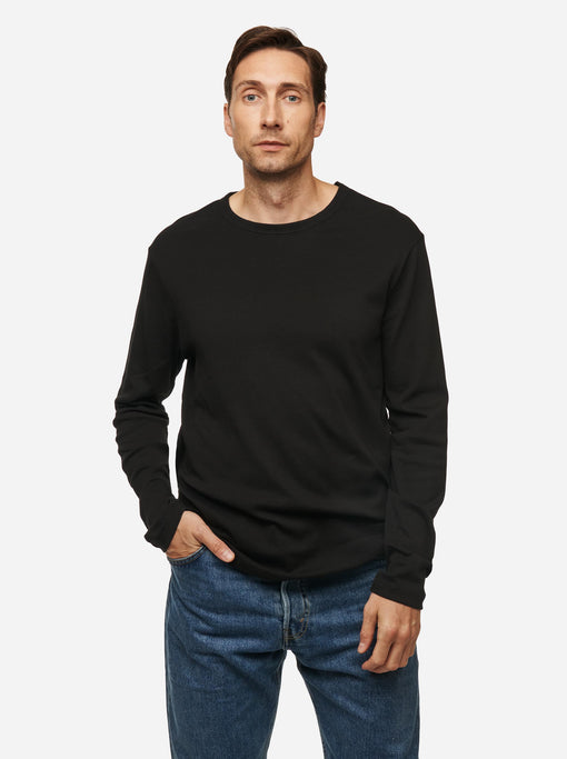 The Longsleeve T-Shirt - Black