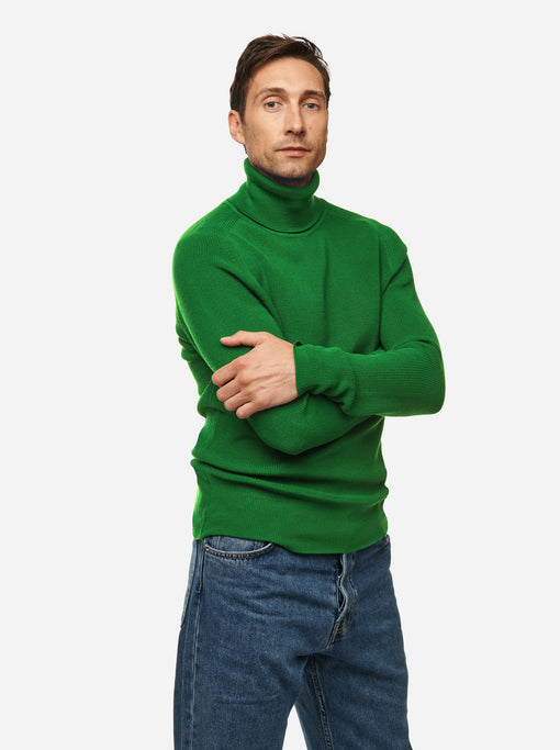 The Turtleneck Sweater - Bright green