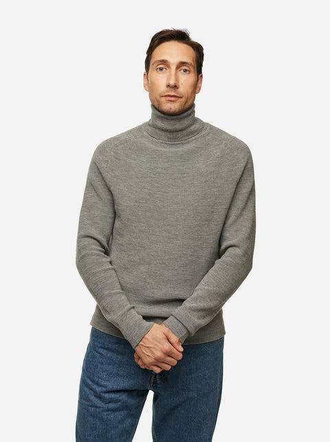 The Turtleneck Sweater - Grey