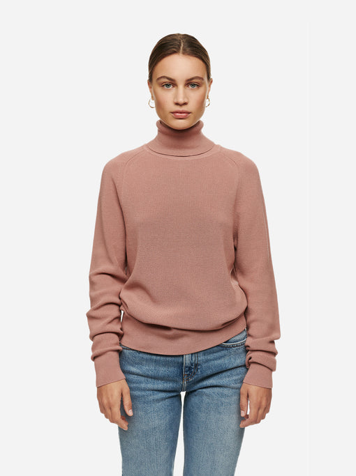 The Turtleneck Sweater - Pink