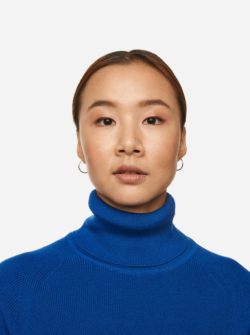 The Turtleneck Sweater - Cobalt blue