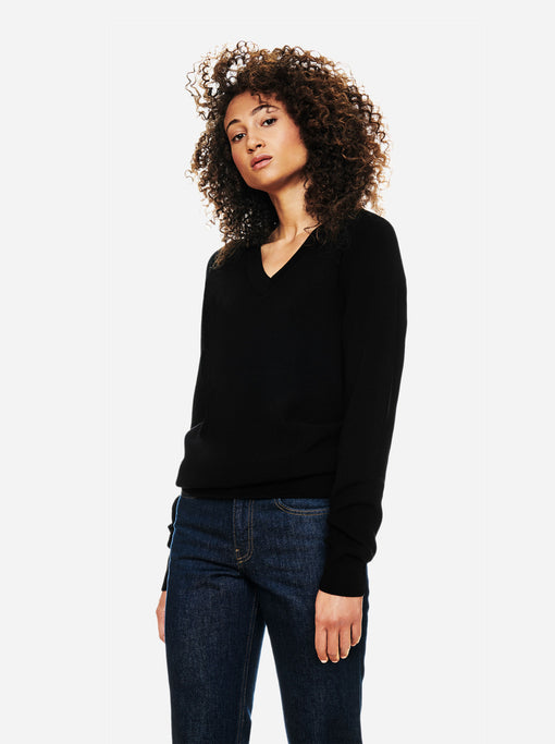 The V-Neck Sweater - Black