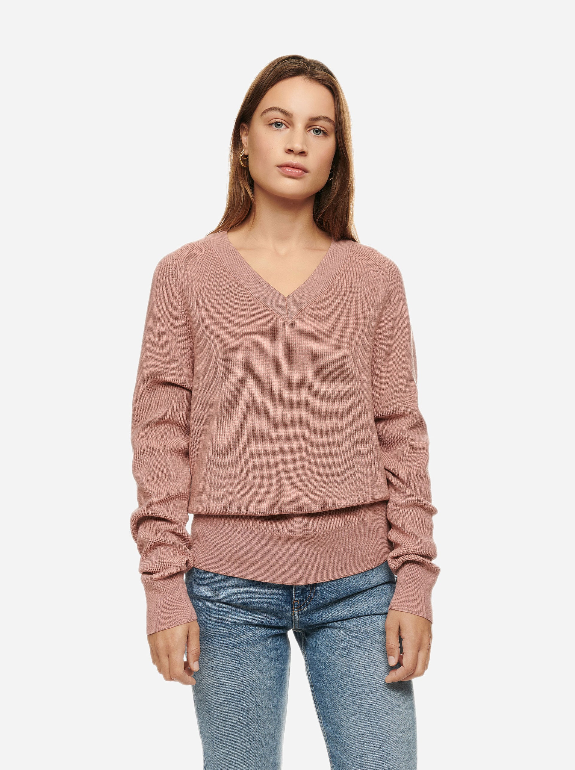 The V-Neck Sweater - Pink