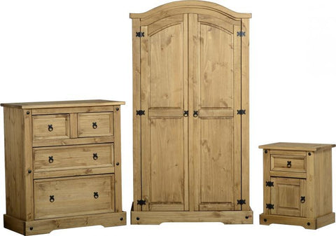 Corona 3 Piece Bedroom Trio In Distressed Waxed Pine