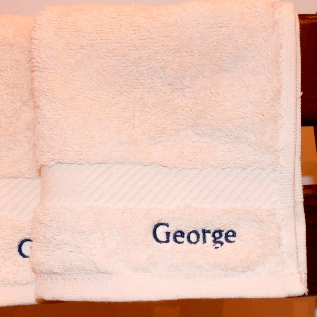 ....Personalised Organic Terry Cotton Shower Towel & Face Cloth Set..Serviette de douche et lavette en coton bio personnalisé....