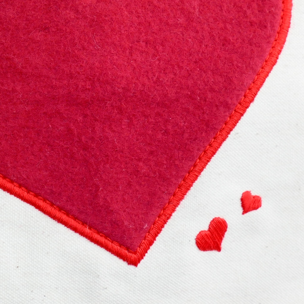 ....Red Hearts Canvas Bag - 100% organic cotton..Sac en toile - coeurs rouges - 100% coton bio....