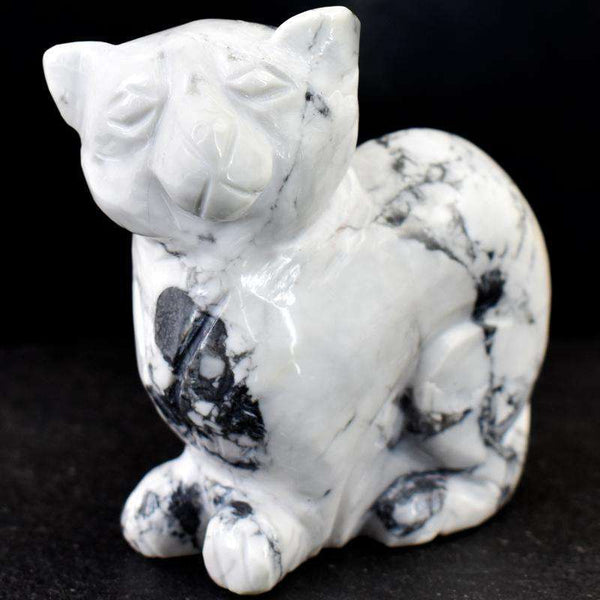 gemsmore:Exclusive White Howlite Hand Carved Cat