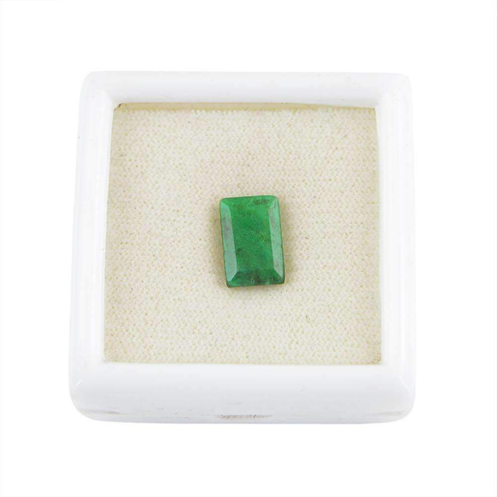 gemsmore:Faceted Green Emerald Gemstone Earth Mined Rectangular Shape