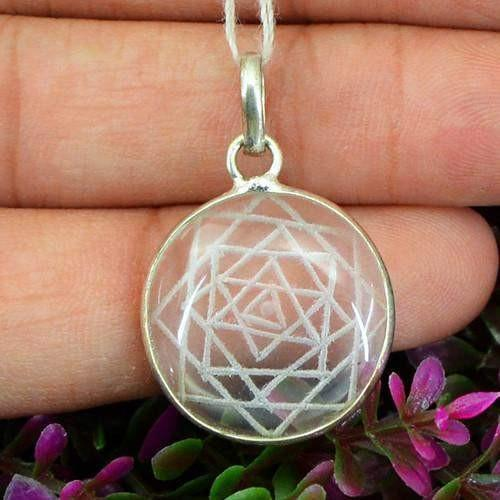 gemsmore:Natural White Quartz Internal Carved Healing Chakra Pendant