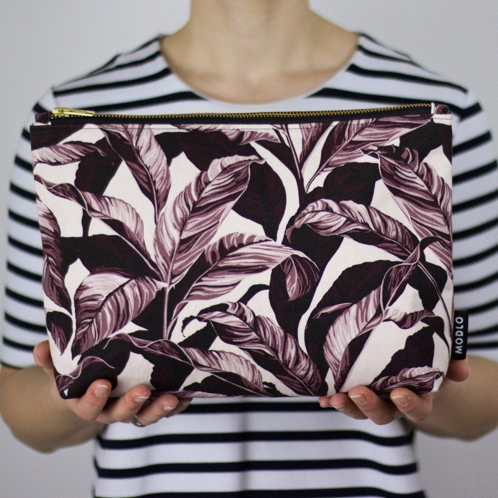 Selva: Large Wash Bag - Plum Pink