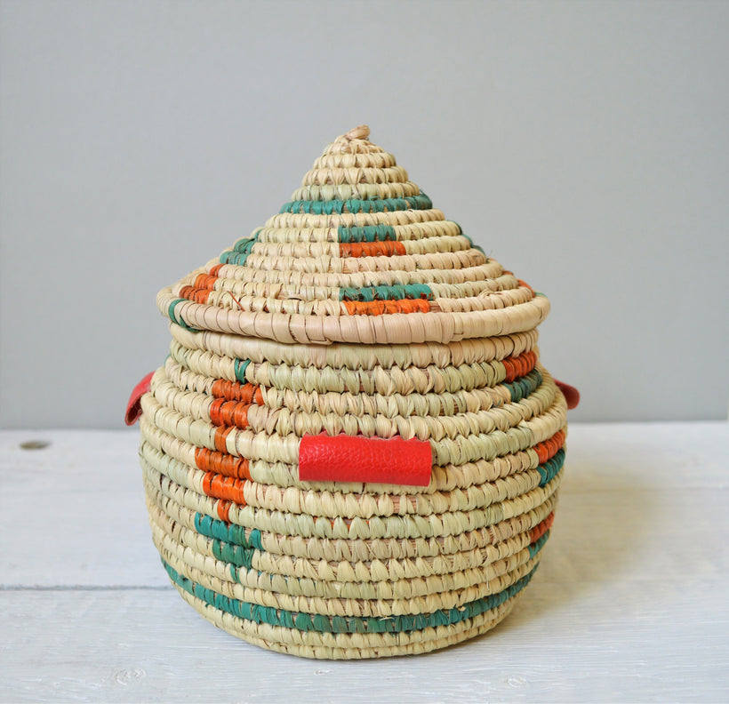 Woven Baskets with lid