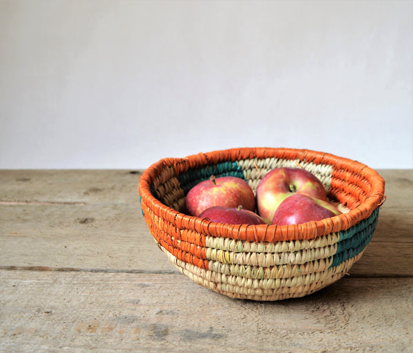 Vintage straw bowl, Fruit basket
