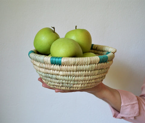 Woven fruit basket - green