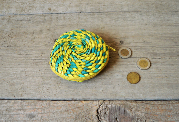 Straw purse, Green and yellow