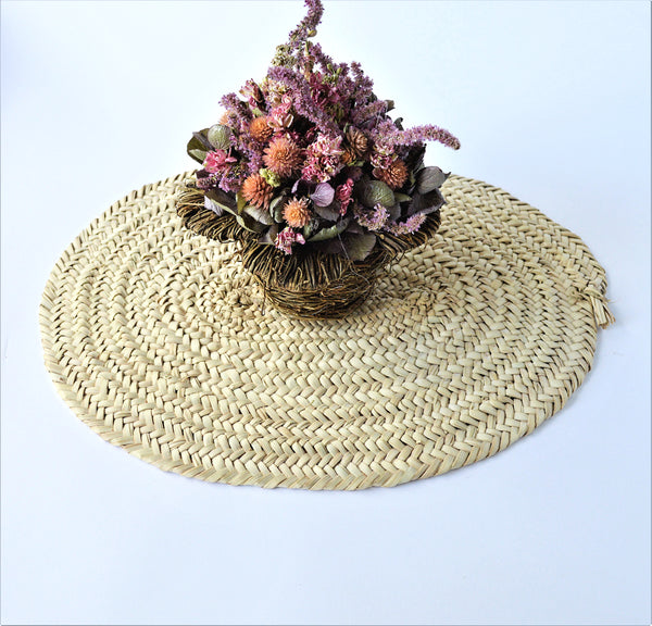 Woven palm wicker placement, centerpiece mat