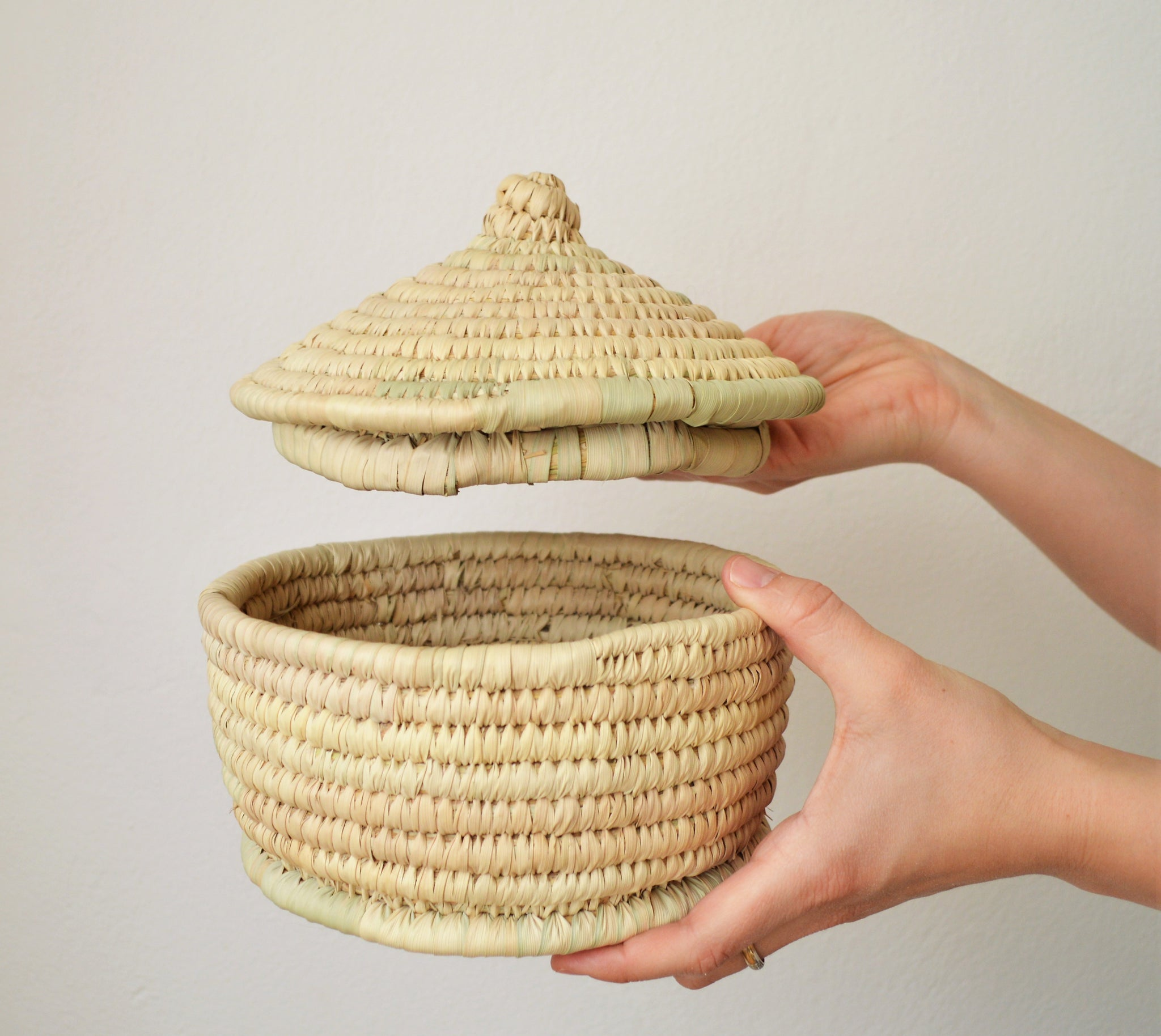 Woven straw basket with a lid, Egyptian palm basket