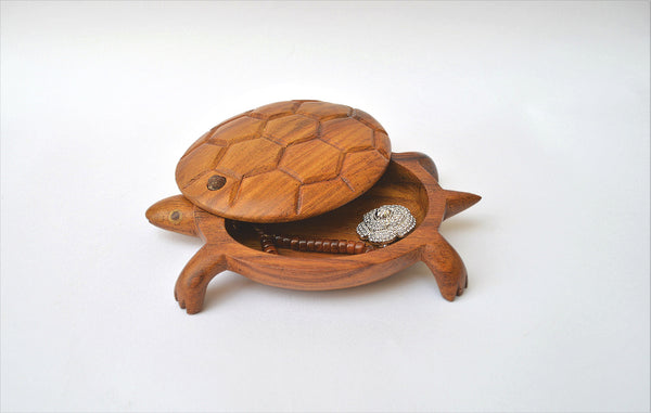 Hand-carved Turtle jewelry box  from Egypt