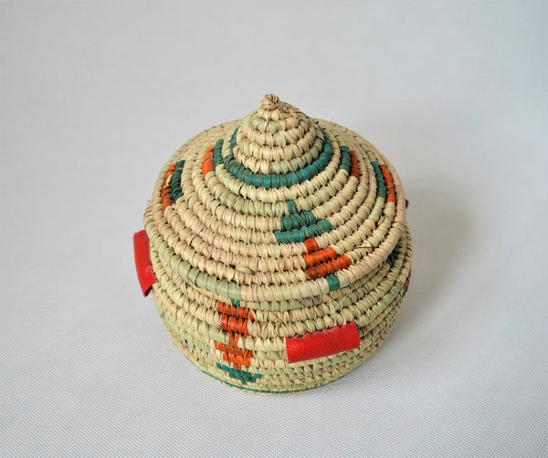 Moroccan-style basket with lid