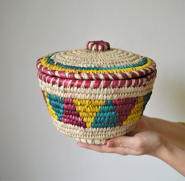 Big Nubian lidded fruit bowl, African basket tricolor