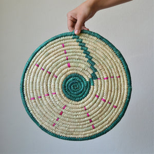 Nubia Wicker trivet green and pink