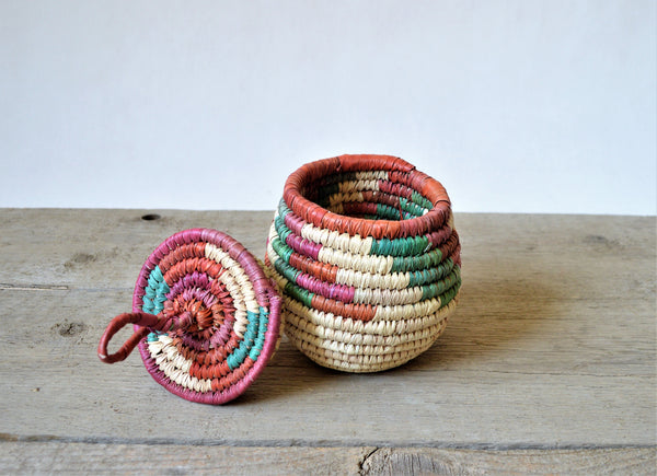 Dyed straw box, Vintage jewelry basket