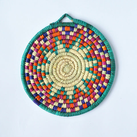 Woven wicker trivet from palm leaves (Sweet Star)