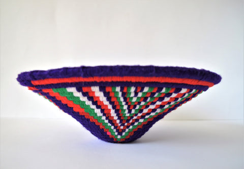 Wool fruit platter, Wool bowl, Straw platter decorated with wool yarn, Purple tray, Korb, Panier Africain, Cesta, Centerpiece, Nubian