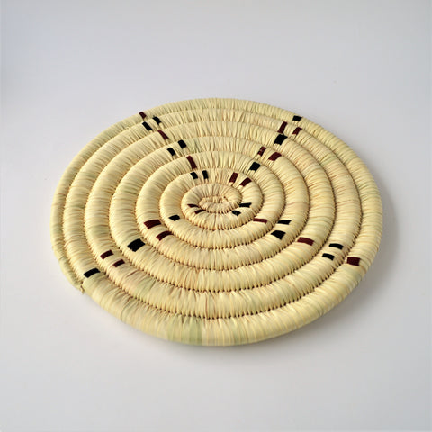 Natural color Wicker palm leaves trivet