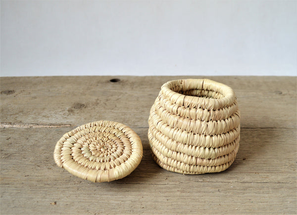 Jewelry straw box, Sustainable decor