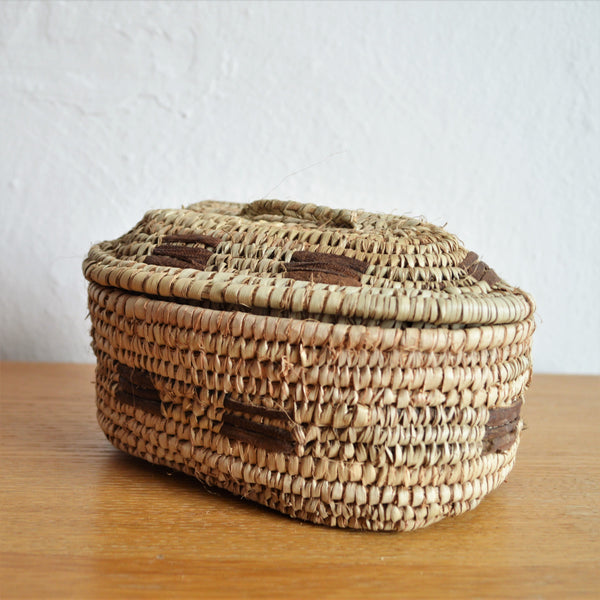 Ethnic Egyptian woven straw box with a fitted lid