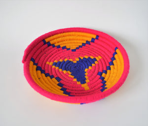 Egyptian wool palm fruit plate (Pink star)