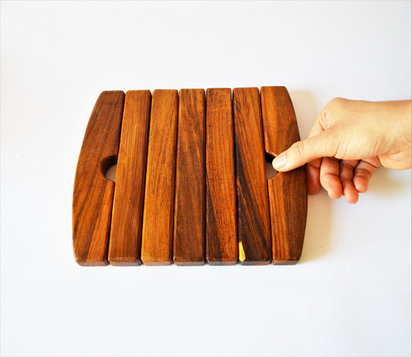 Expandable rectangle wooden hot pot Trivet