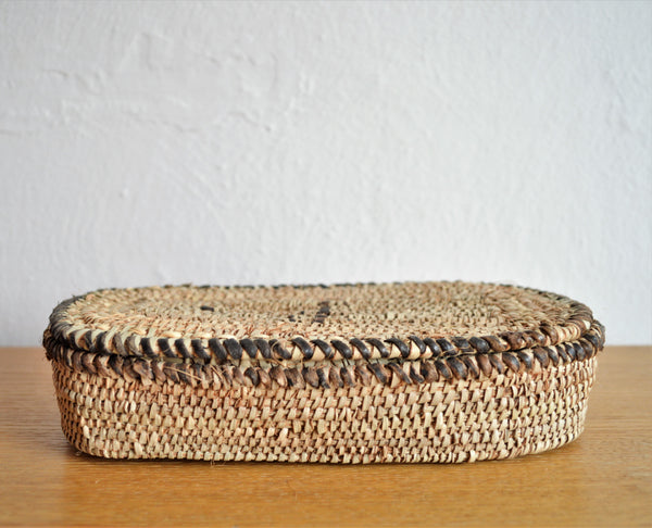 Wicker rustic box, Jewelry straw basket with lid