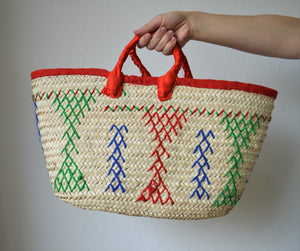 Rectangle basket bag with traditional decoration