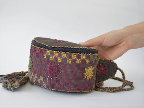 Boho waist bag, Embroidered Hip pouch, Belt belly bag, Woman fanny pack, Bum waist bag, Hippie bag, Vegan friendly, Eco bag, Egyptian