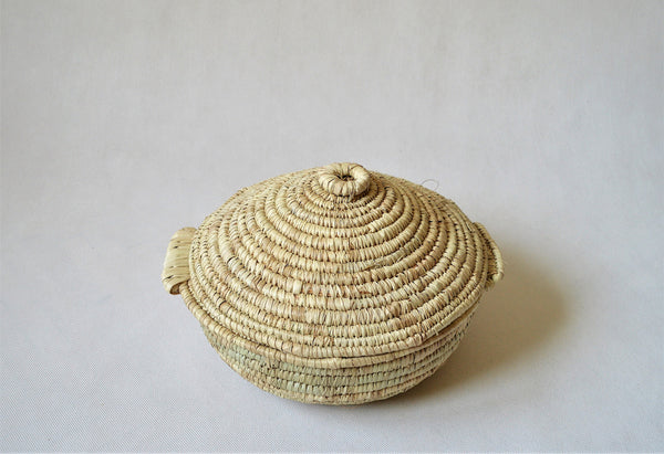 AYASHA Egyptian straw bowls with fitting lid